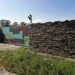 mur oklejony łupkiem ciętym jednostronnie(2)